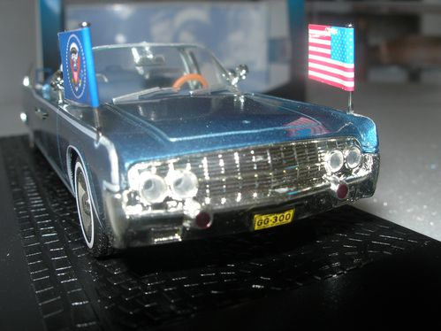 LINCOLN CONTINENTAL - JFK- 010