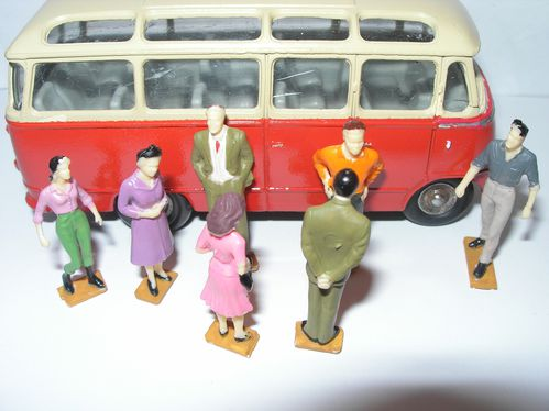 lot personnages diorama 004
