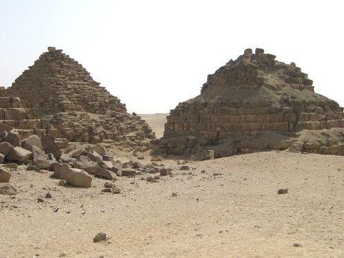 pyramides egypte février 2010 052