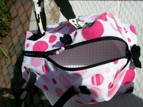 Libellule Hello Kitty sac valisette c