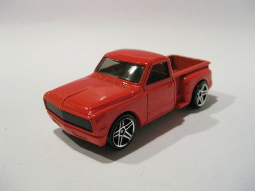 Chevrolet Chevy 69 Custom (rouge)