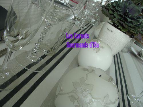 table Romance6