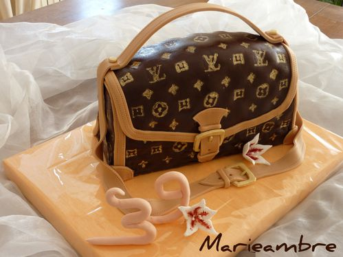 1369900137 Sac à main Louis Vuitton - Purse cake Louis Vuitton - Le blog de ...
