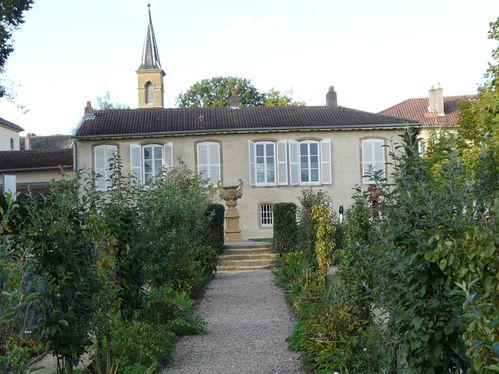 Maison-et-jardins-de-R.-Schuman--25-.JPG