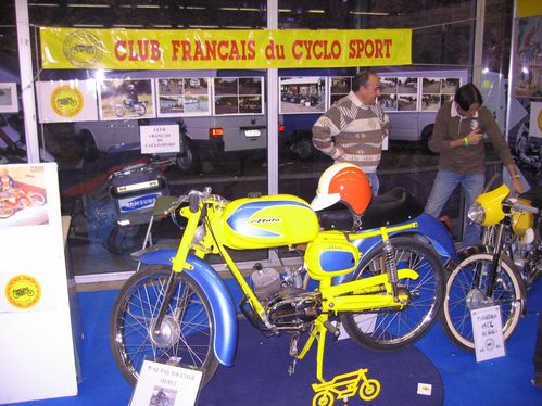 Salon-Moto-Legende-2011 4038