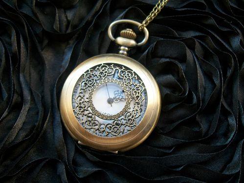 mini-montre-steampunk-old-times--2-.jpg
