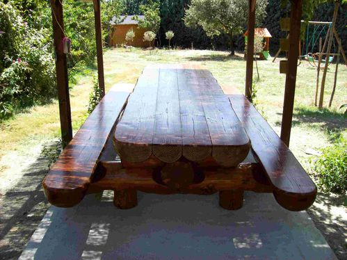 table-bancs en rondins