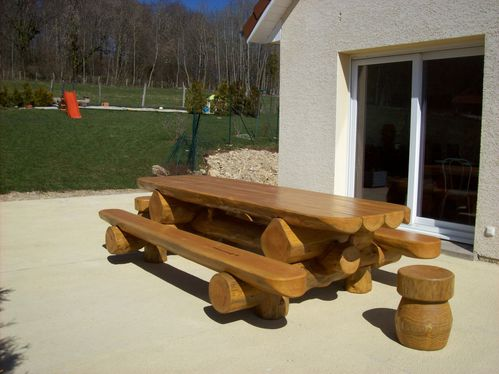 table jardin rondins