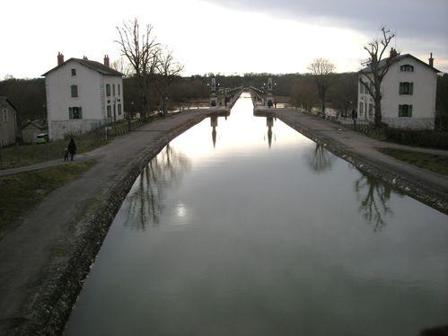 Le canal de Briare1604