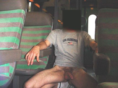 gay arras exhib dans le train
