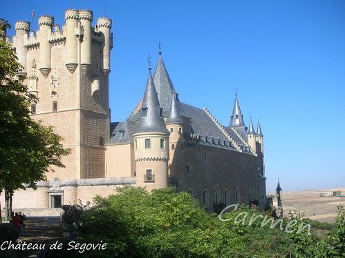 Chateau-de-SegovieDSCN1178-border.jpg