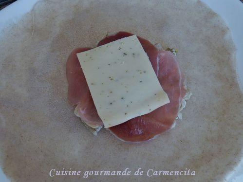 P1110179--2-Galete-de-Sarrasin-a-la-raclette01-border.jpg