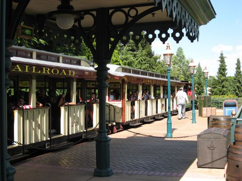 031---Petit-Train---Disneyland-Paris.JPG