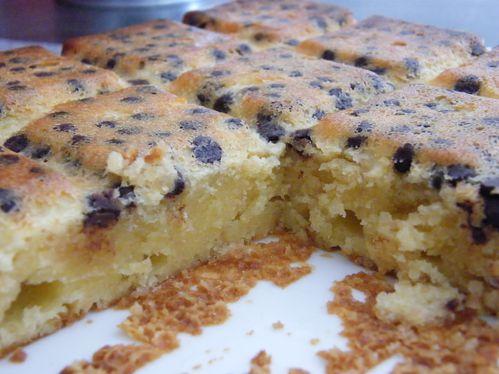 brownie-chocolat-blanc-coco-et-pepites-de-chocolat-1.JPG