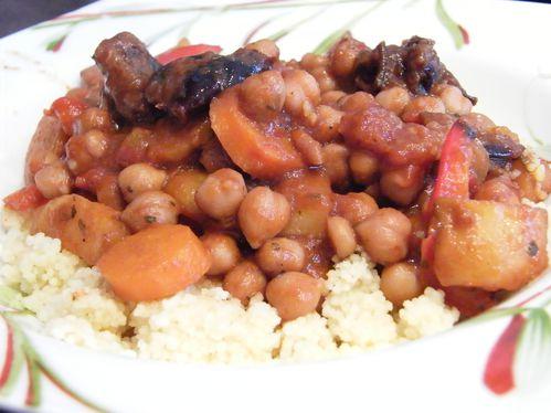 legumes-aux-pruneaux-facon-tajine.JPG