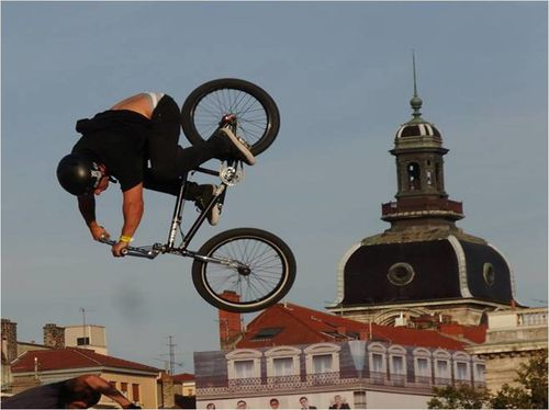 demo-bmx-lyon-bellecour.jpg