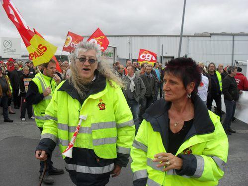 Alain-Brogniard--delegue-du-personnel-CGT--et-Therese-.JPG