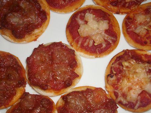 mini-pizza1--2-.JPG