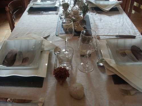 Table galets et ardoise 015