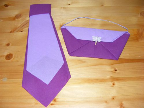 Pliage serviette en papier le blog de fanfan88 - Pliage des serviettes de table en papier ...