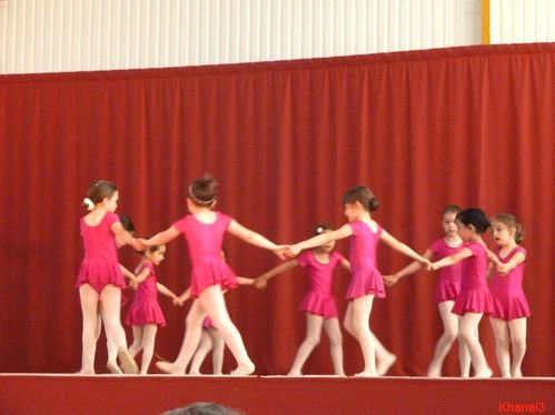 danse (85)-border