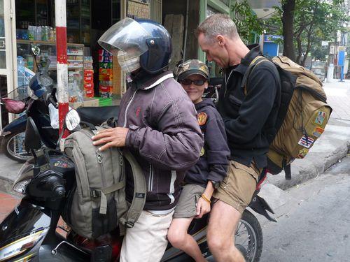 06-Halong-taxi-moto2.jpg