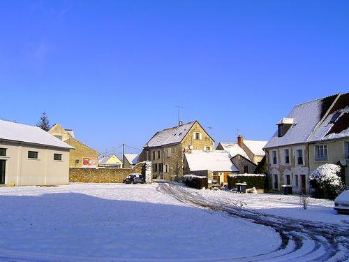 cour-neige-et-soleil.jpg