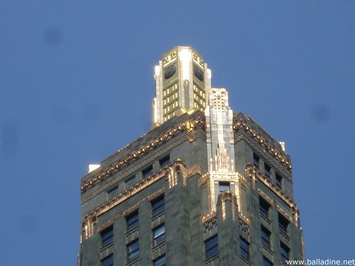 Chicago_ the Carbide and Carbon building