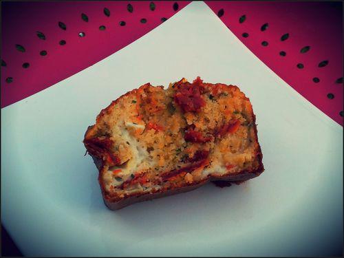 cake-chevre-tomates-sechees-copie-1.jpg