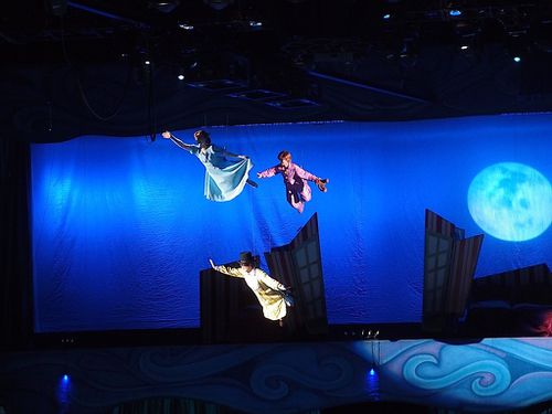 disney-sur-glace-peter-pan-vol.JPG