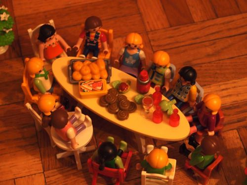 atableplaymobil.JPG