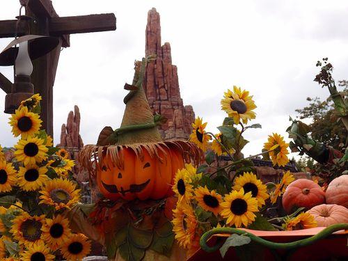 Halloween-2013-Disneyland-024.JPG