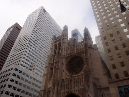 new-york-5th-avenue-church.JPG