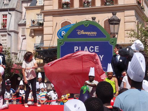 inauguration-place-remy-anne-hidalgo-disneyland-paris.JPG