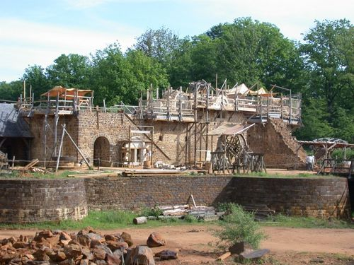 treigny-guedelon-un-chateau-fort-chantier