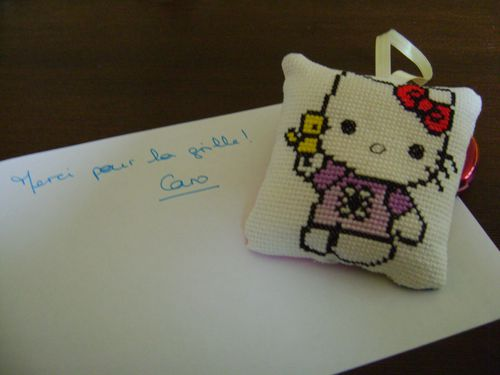 hello kitty brode par caro