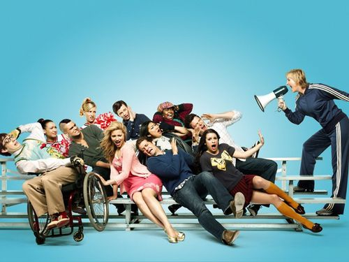 glee-cast-bleechers.jpg