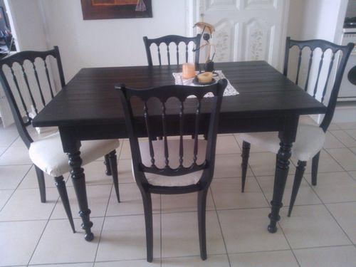 La nouvelle maison d co peinture nadine - Salle a manger noire ...