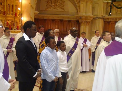 la-famille-durant-l-ordination---Copie.JPG
