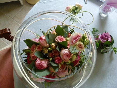 Bulle de roses art floral art de la table en restant for Grand aquarium rond