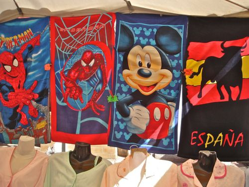 drap bain marché spiderman