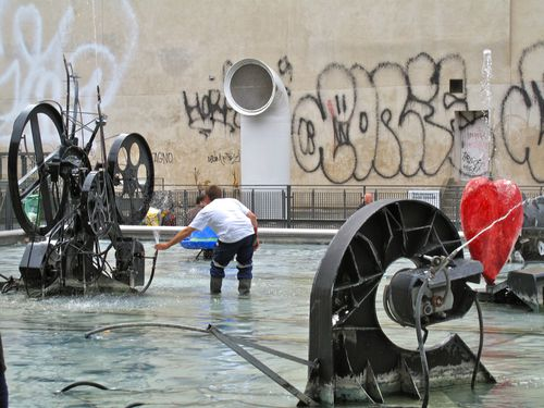 street-art fontaine Stravinski réparation