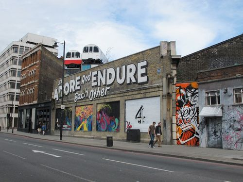Espo street-art Londres Shoreditch adore endure 4