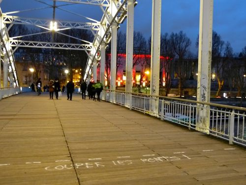 message street-art couper les ponts 5