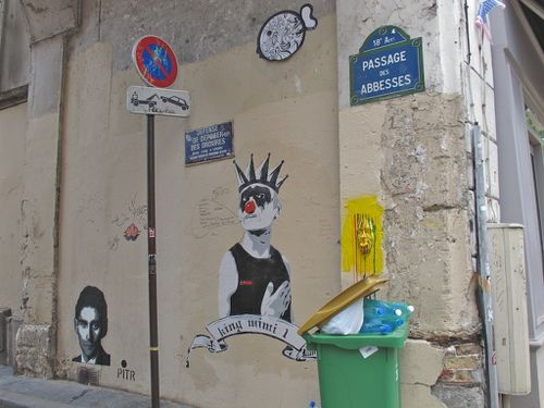 Pitr Kafka clown masque street-art