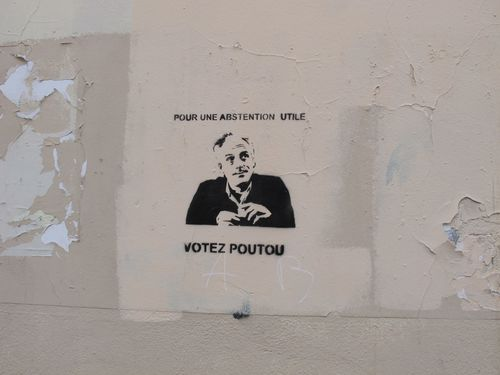 affiche-election-presidentielle-Poutou-pochoir-abstention.JPG