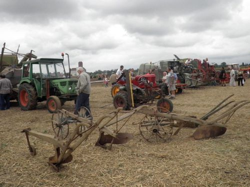 anciens engins agricoles