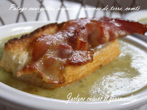 Potage courgettes, oignons, pommes de terre, comté Jaclyne cuisine et gourmandise