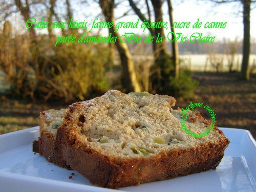 Cake aux kiwis, farine grand épautre, purée d'amandes, sucre de canne complet Jaclyne cuisine et gourmandise