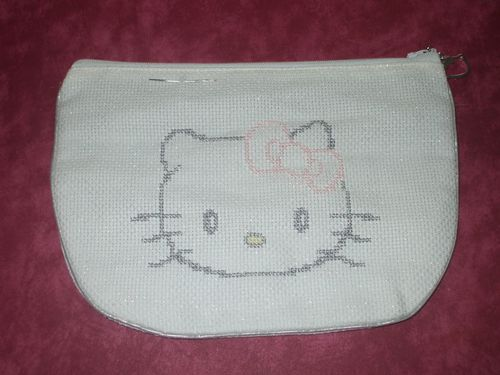 trousse-Hello-Kitty.JPG